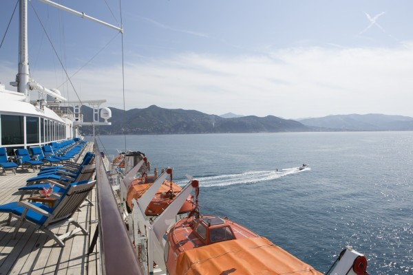 Club Med 2, Karaiby lub Morze Śródziemne, 5Ψ