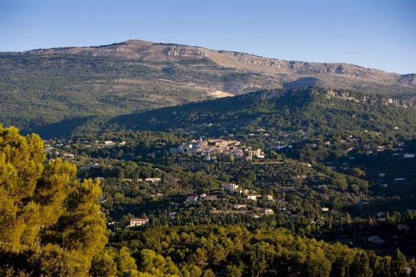 Opio en Provence – Francja, 4Ψ
